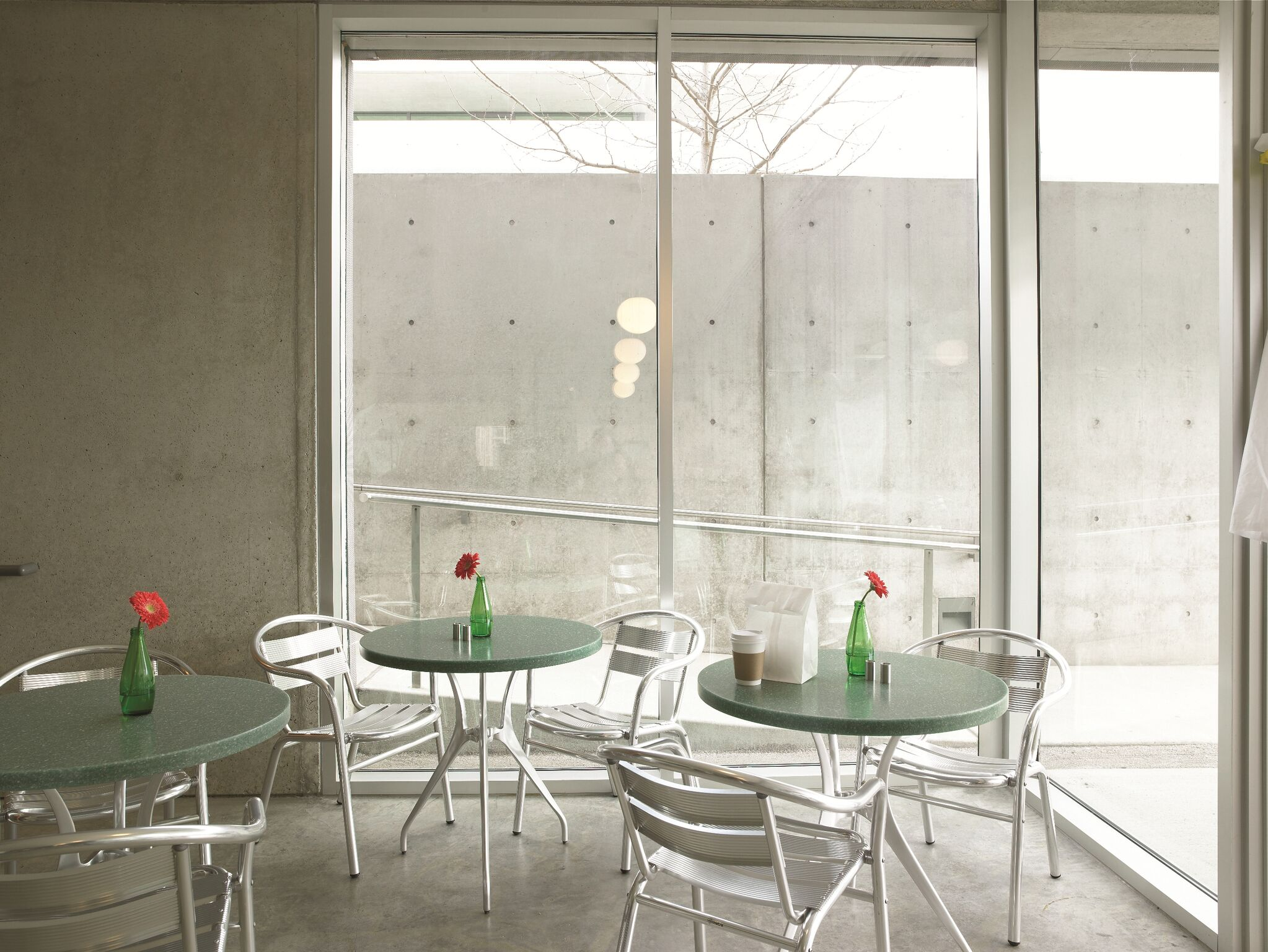Formica Solid Surface Restaurant Table Tops