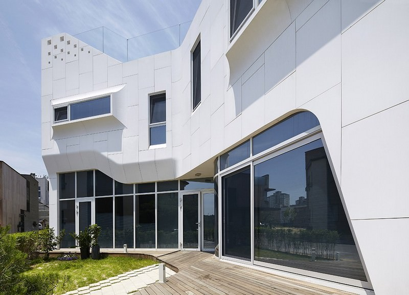 Residential Building Facade of LG-HIMACS Alpine White Solid Surface Panels