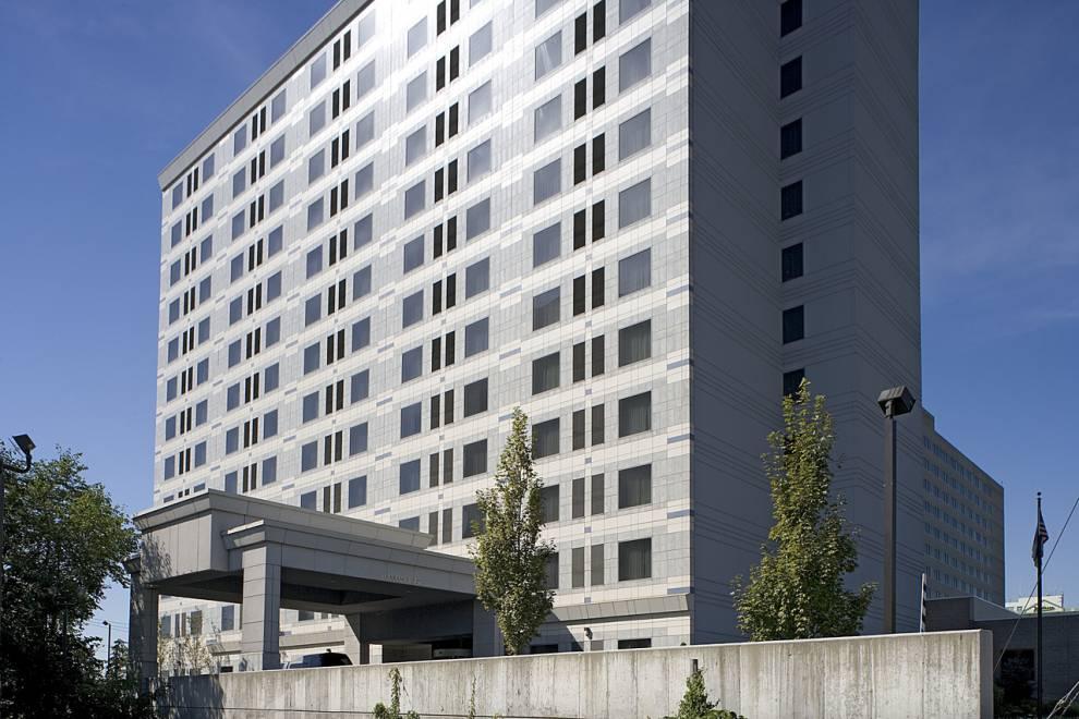 Building Facade, Hampton Inn Exterior Surfaced in Corian Solid Surface Panels