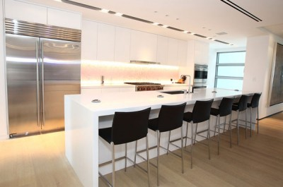 Avonite Solid Surface Island and Countertops in a Residential Kitchen
