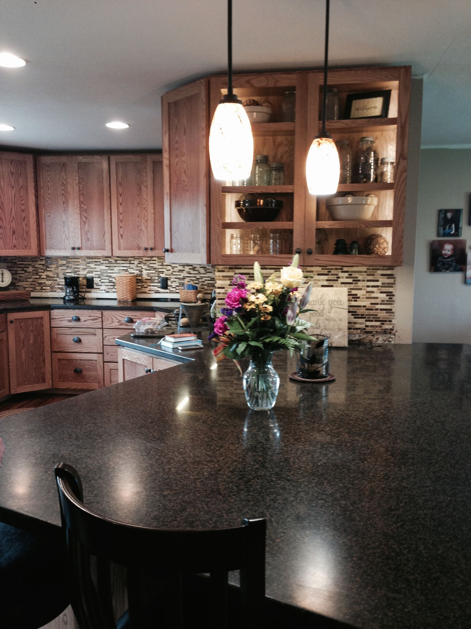 Solid Surface Kitchen Island and Countertops