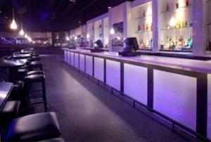 Restaurant using Avonite Studio Collection™ colors